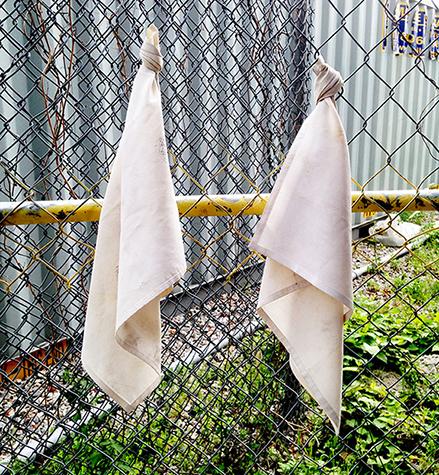 Twoxism White handkerchiefs